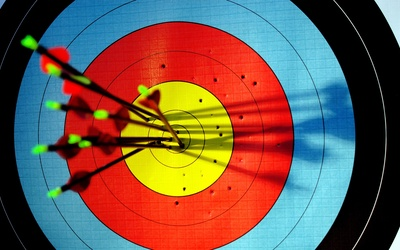 1-Hour Indoor Archery with Unlimited Arrows for 2-8 People (Group)