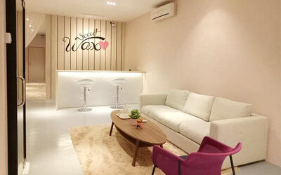 Brazilian Waxing with Brightening and Lifting Treatment for 1 Person