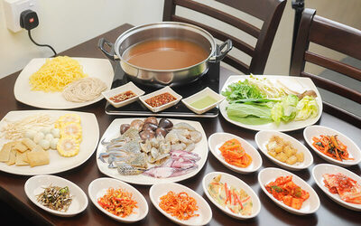 Shabu-shabu Buffet Dinner with Refillable Green Tea for 2 People