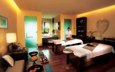 (Mon - Fri) 80-Minute Balinese Massage with Foot Massage for 1 Person