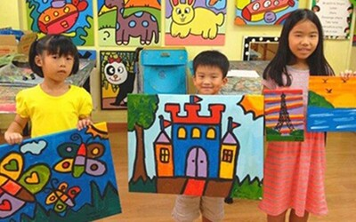 90-Minute Guided Acrylic Painting Session for 2 Children (1 Session)