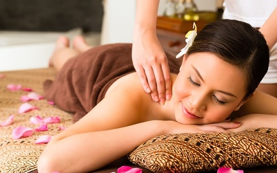 1-Hour Relaxing or Traditional Full Body Massage for 1 Person