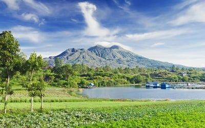 Bali: Mt. Batur Trek with Land Transfer and Breakfast for 1 Person