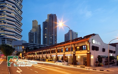 Bugis: 4* Loft King Suite Stay