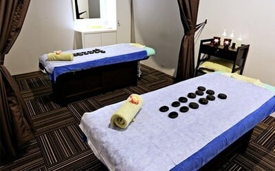 1-Hour Aromatherapy Full Body Massage for 1 Person