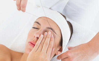 Full Face and Eyebrow Threading for 1 Person (2 Sessions)