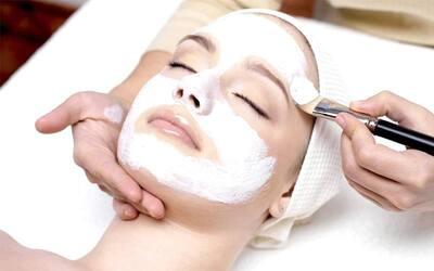 Facial + Chemical Peeling Flek / Acne