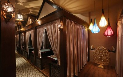 (Weekend) 1.5-Hour Warm Oil Hot Stone Massage + Lymphatic Back Detox for 1 Person