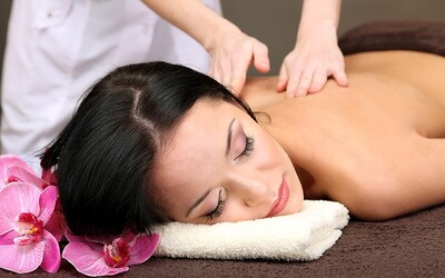 1.5-Hour Full Body Massage with Body Polish for 1 Person (East Coast Beach)