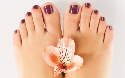 [CNY] Classic Pedicure + Foot Mask for 1 Person