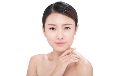 2.5-Hour Signature Collagen Facial with Face, Neck, and Shoulder Massage for 1 Person