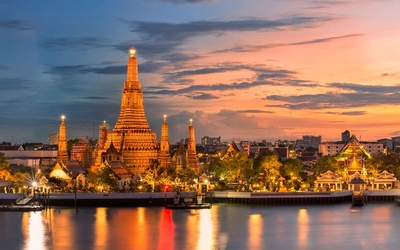 Bangkok: Singapore Airline Return Flight