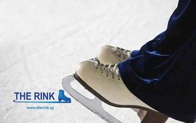 (Fri - Sun) 2-Hour Ice Skating + Skates Rental for 1 Person