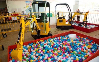 (Mon - Thu) Admission + $10 Playvalue for 1 Child (3 Years Old and Below)