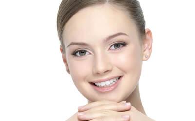Facial Whitening + Masker Whitening + Photo Dynamic Therapy + Ultrasound Therapy + Serum + Diamond Microdermabrasion