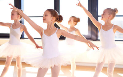 Ballet Class for 1 Child (6 - 8 Years Old)