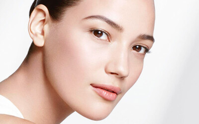 2.5-Hour Payot Hydra / Collagen Facial + Back and Eye Treatment for 1 Person