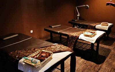 2-Hour Full Body Burmese Massage + Foot Reflexology for 1 Person