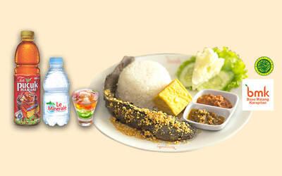 SPECIAL PRICE BMK Mantap 1: Nasi Lele Goreng Spesial + Teh Pucuk Harum / Le Minerale + Rainbow Jelly