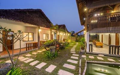 Siem Reap: 4* Boutique Villa Stay