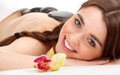 30-Minute Hot Stone Massage for 1 Person (3 Sessions)