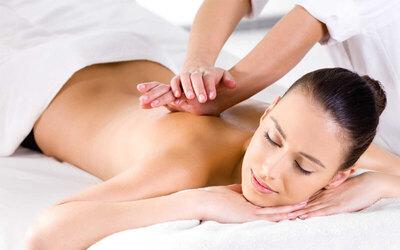 Full Body Massage + Scrub + Totok Wajah + Steam + Free Creambath (150 menit)