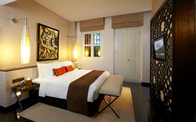 Chinatown: 4* Boutique Hotel