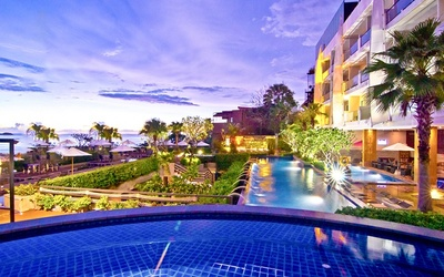 Phuket: 4* Resort at Patong Beach