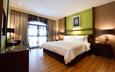 Malacca: 4* Christmas Stay + Coach